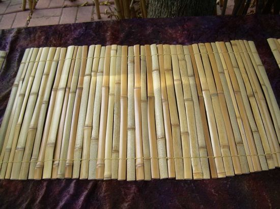 Bamboo strips woven together bamboo arts and crafts gallery for Bamboo arts and crafts