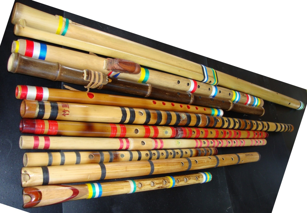 Some bamboo flutes bamboo arts and crafts gallery for Bamboo arts and crafts